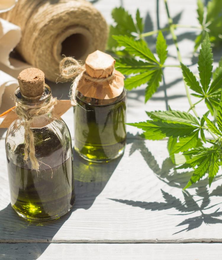 CBD Aromaöle, CBD für Haustieren und Kosmetiken